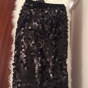 Misguided circle sequin black skirt size 6 NWT